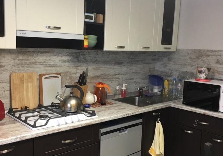 Кухня Венге с угловой столешницей