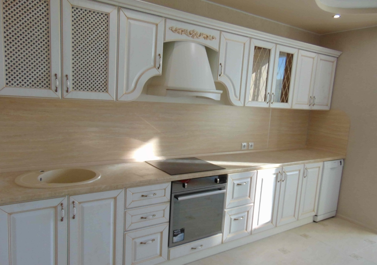 Кухня классика белая патина