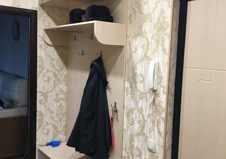Шкафы с вешалкой в прихожую