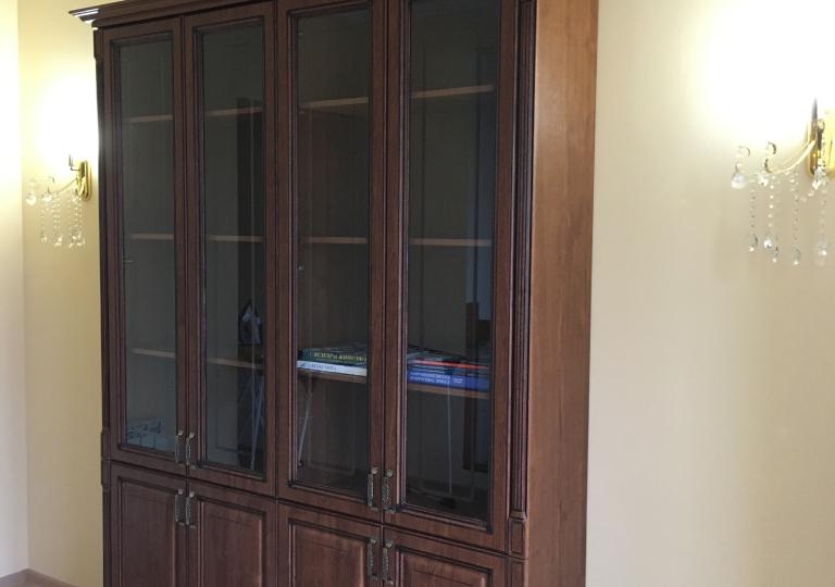 Шкаф книжный фасады МДФ классика